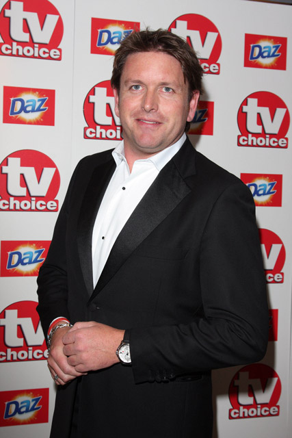 How tall is James Martin
