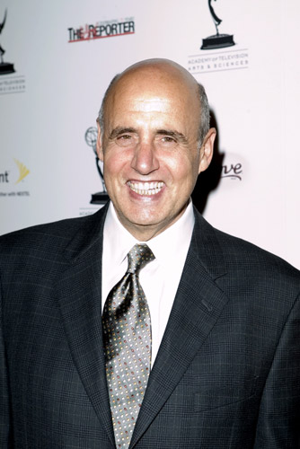 How tall is Jeffrey Tambor