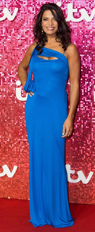 How tall is Jenny Powell