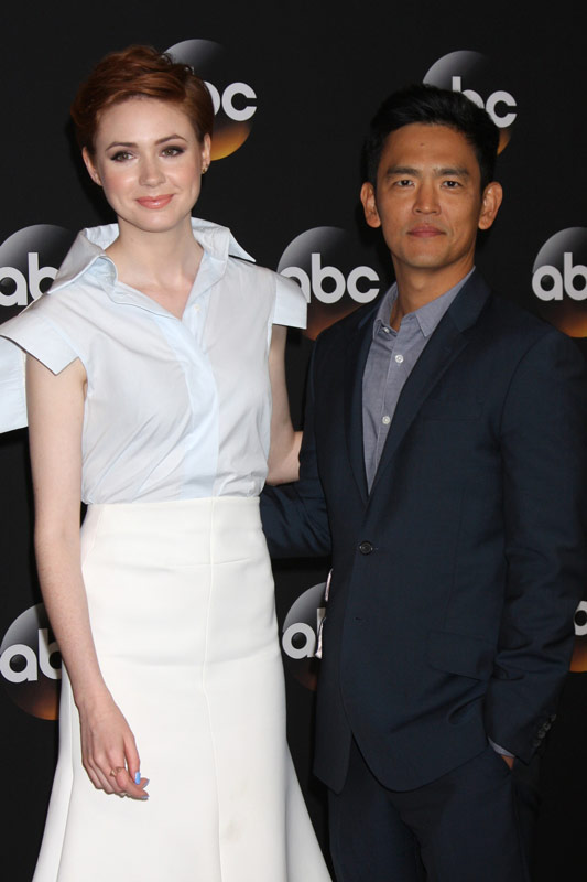 How tall is John Cho