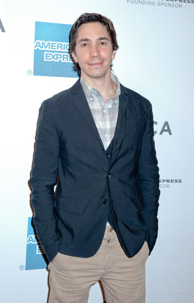 How tall is Justin Long