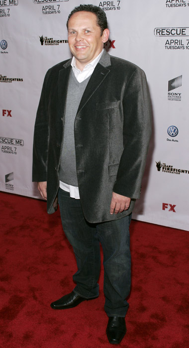 How tall is Kevin Chapman