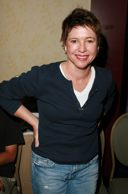 How tall is Kristy McNichol