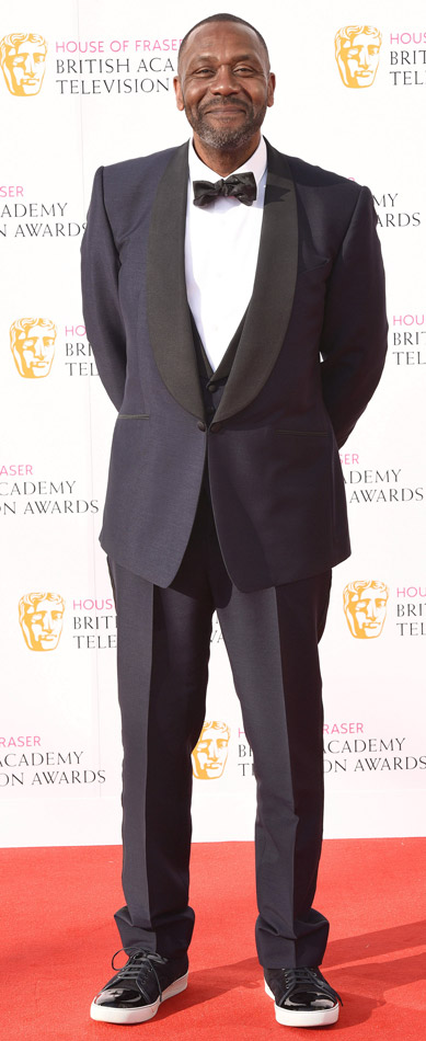 How tall is Lenny Henry