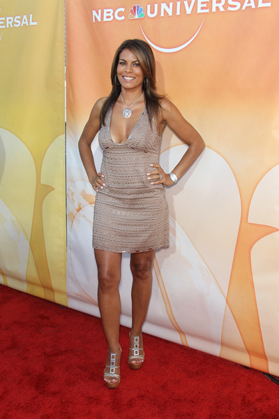 How tall is Lisa Vidal