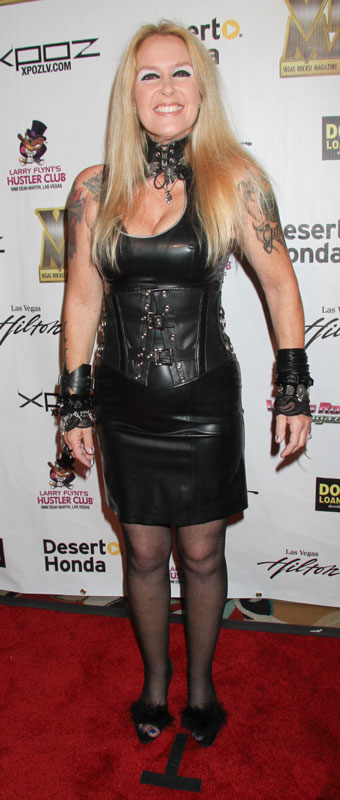 How tall is Lita Ford