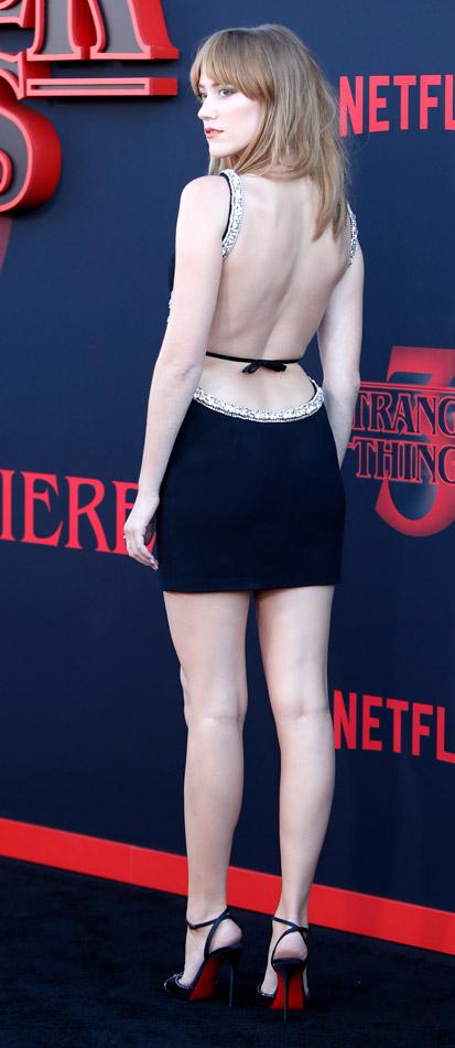 How tall is Maika Monroe