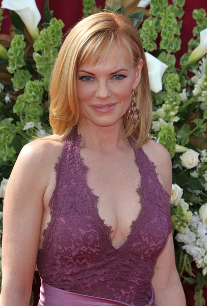 How tall is Marg Helgenberger