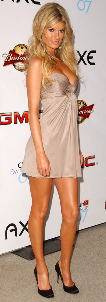 How tall is Marisa Miller