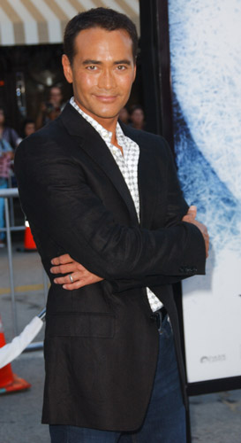 How tall is Mark Dacascos