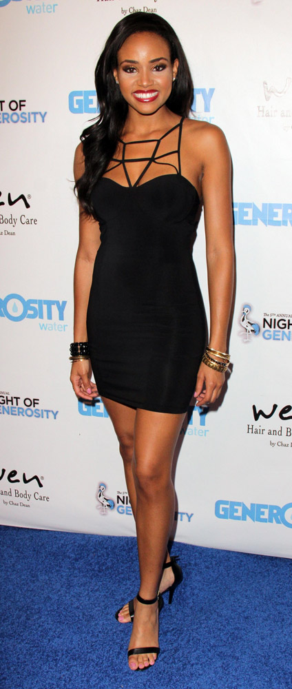 How tall is Meagan Tandy
