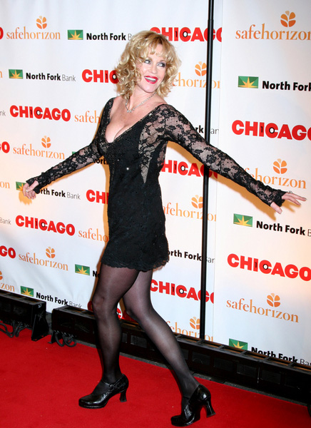 How tall is Melanie Griffith
