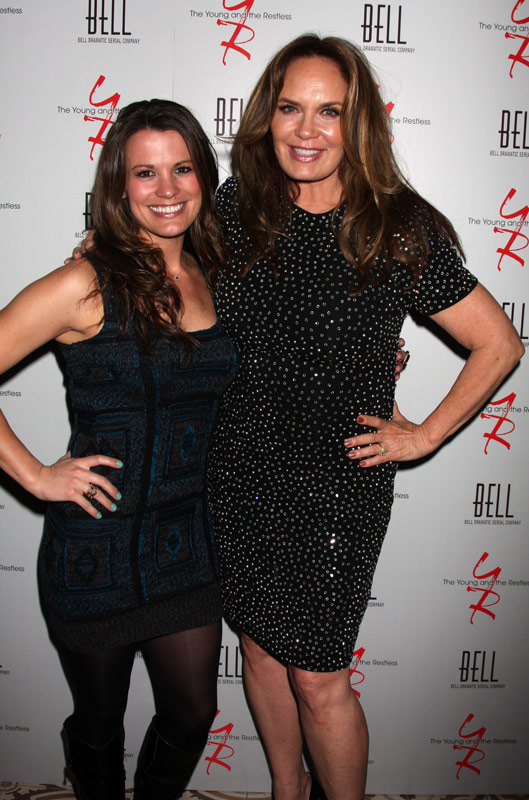 How tall is Melissa Claire Egan