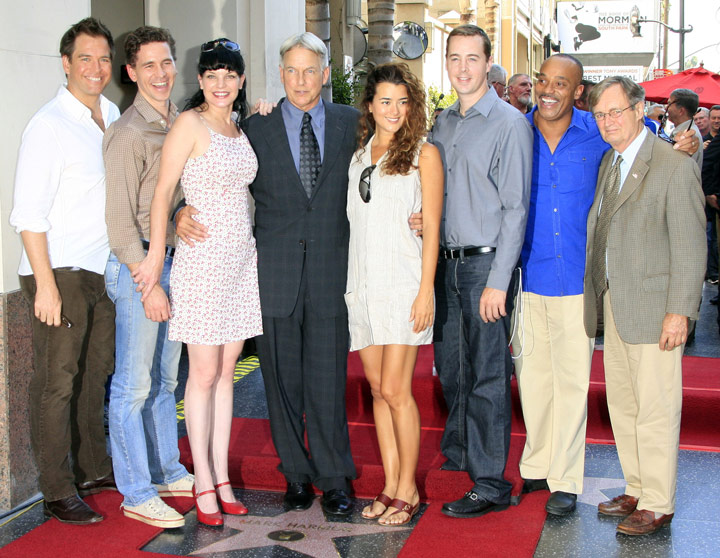 How tall is Michael Weatherly