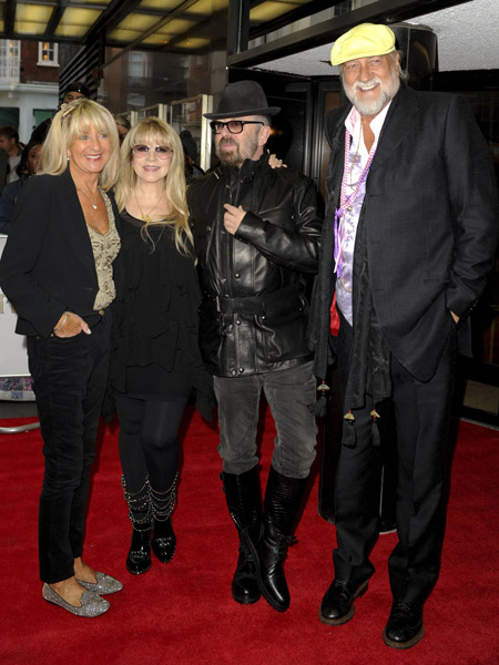 How tall is Mick Fleetwood