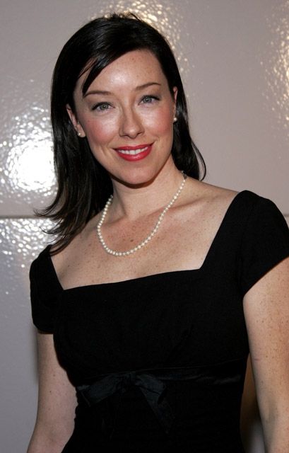 How tall is Molly Parker