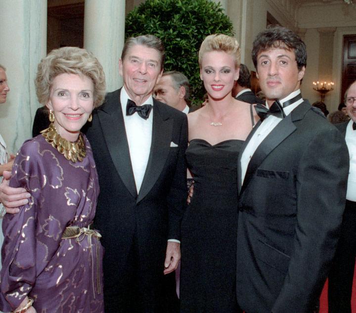How tall is Nancy Reagan