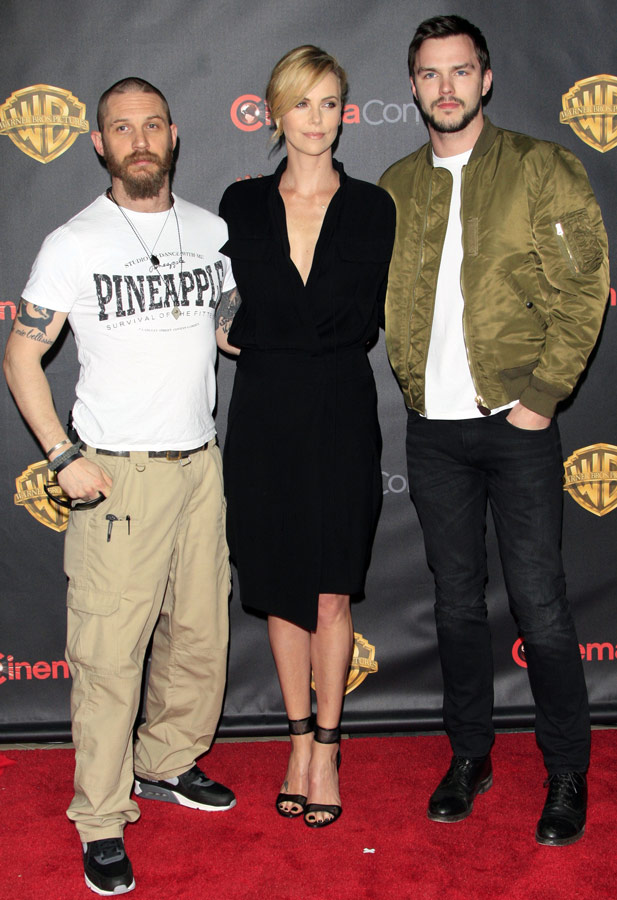How tall is Nicholas Hoult