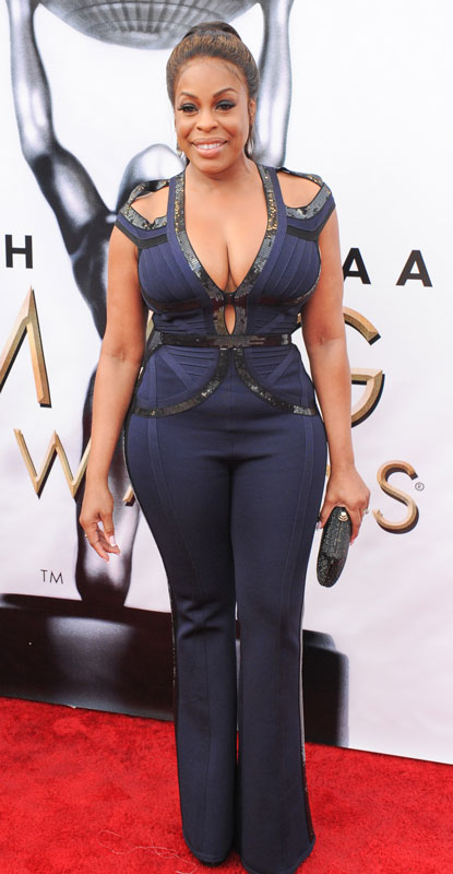 How tall is Niecy Nash
