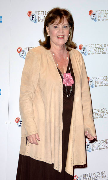 How tall is Pauline Collins