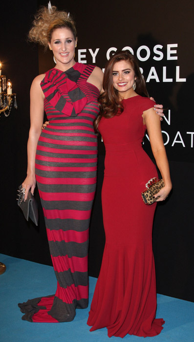 How tall is Rachel Shenton