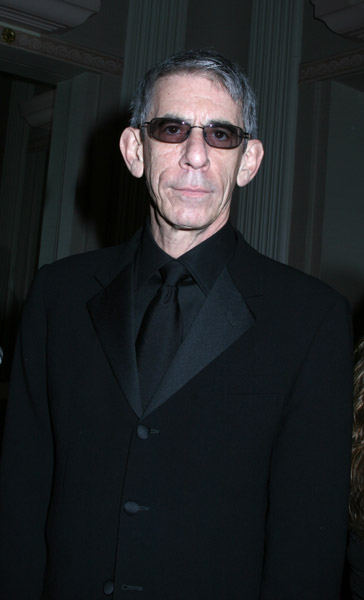 How tall is Richard Belzer