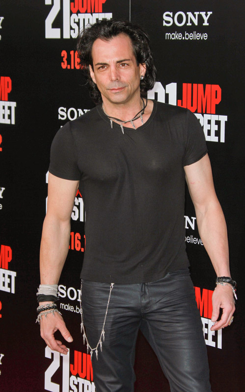How tall is Richard Grieco