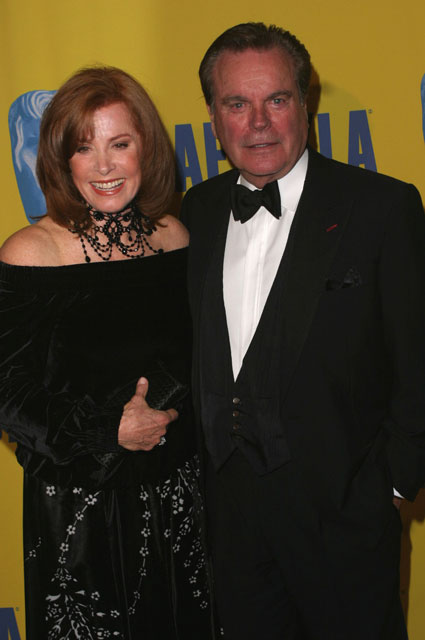 How tall is Robert Wagner