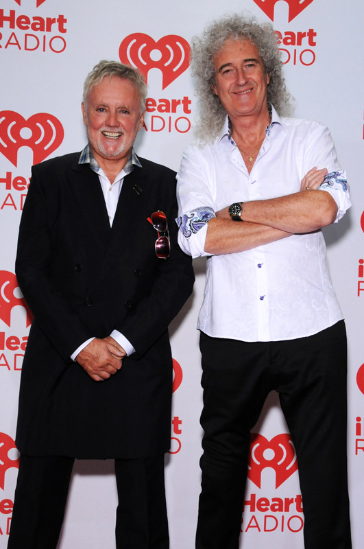How tall is Roger Taylor