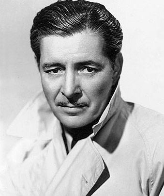 How tall is Ronald Colman