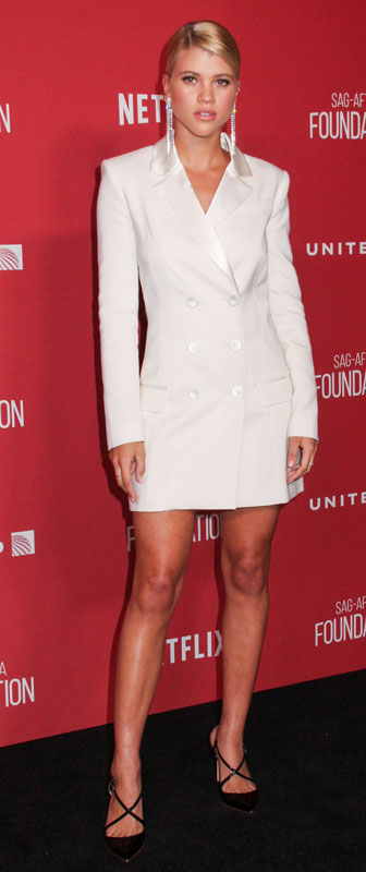 How tall is Sofia Richie