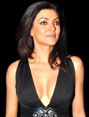 How tall is Sushmita Sen