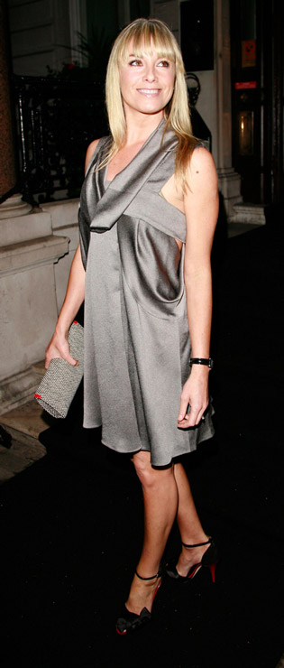 How tall is Tamzin Outhwaite