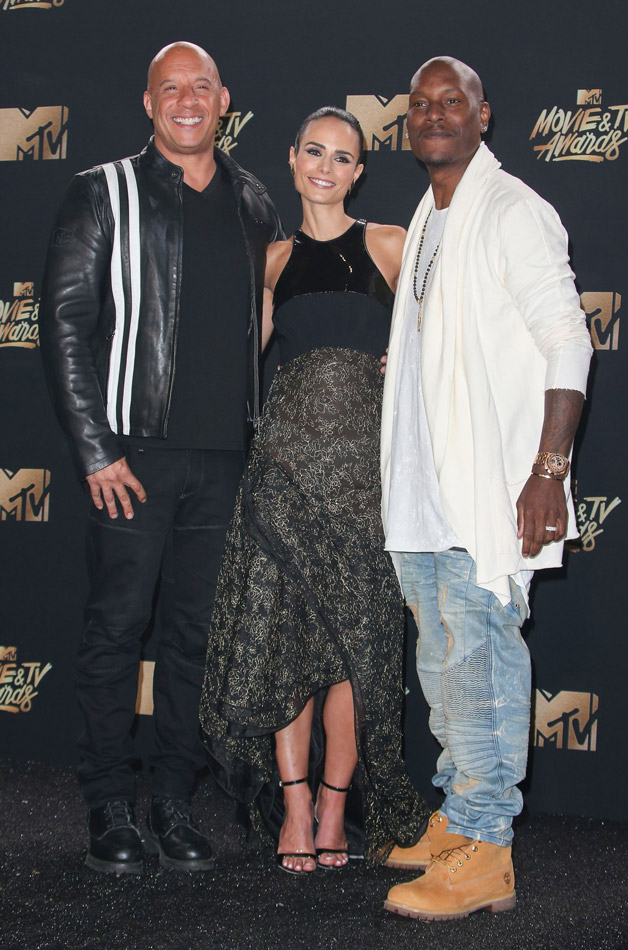 How tall is Tyrese Gibson