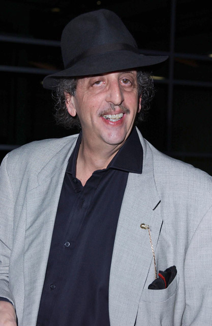 How tall is Vincent Schiavelli